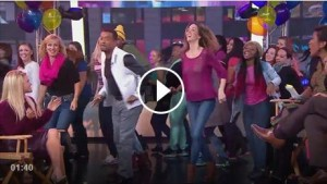 Flash Mob America Surprise Alfonso Ribeiro, Dancing with the Stars Champion, with The Carlton Dance on Good Morning America